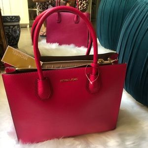 Michael Kors Mercer studio leather bag